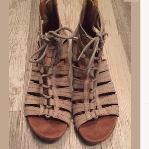 Rockport Cobb Hill Gabby Leather Gladiator Sandals